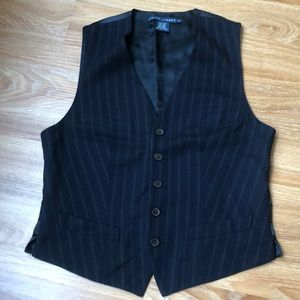 Stunning Ralph Lauren button down stripped vest
